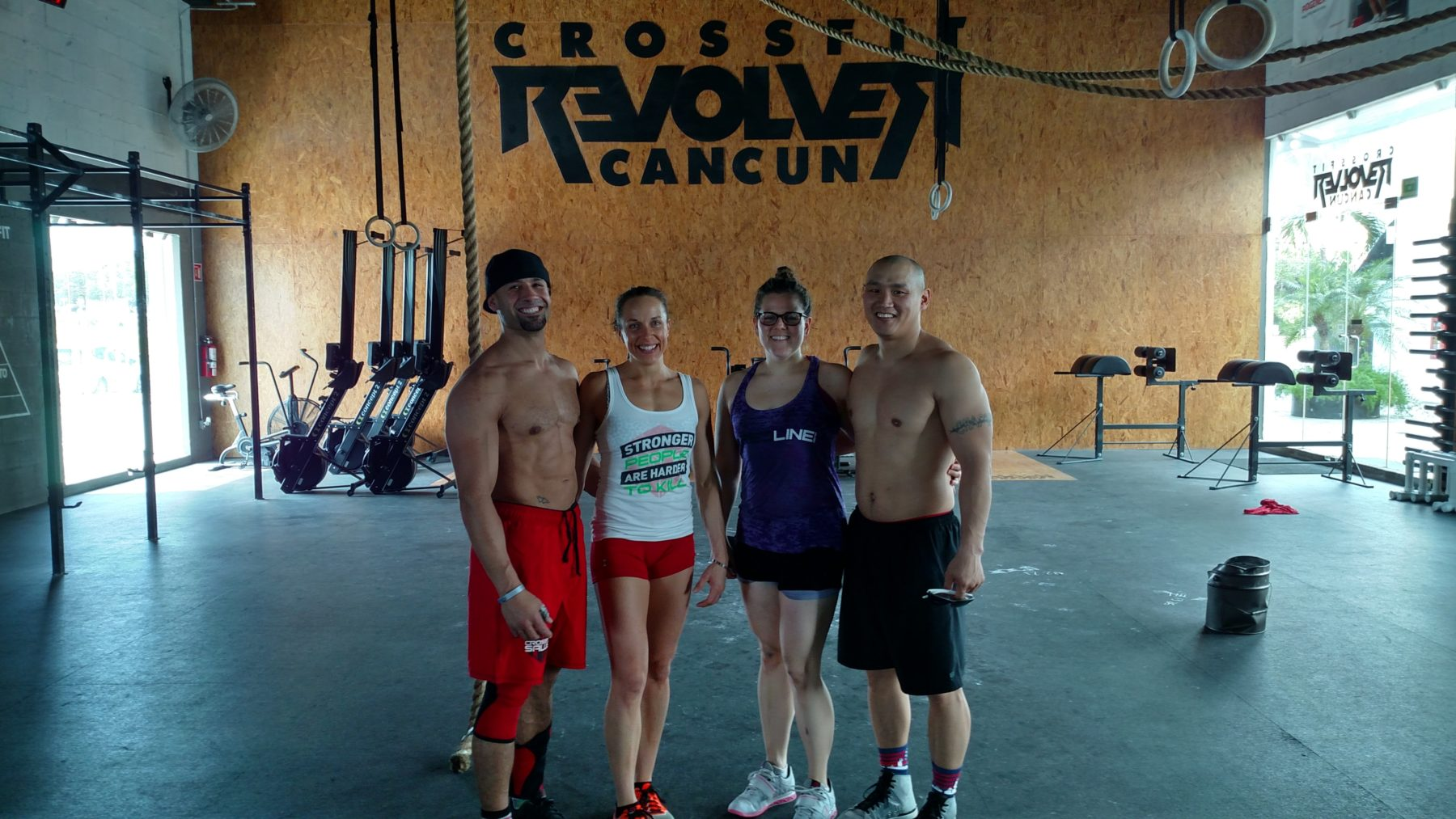 Traveling to a New CrossFit Box? CrossFit Drop in Etiquette: What You Need to Know Before You Go.